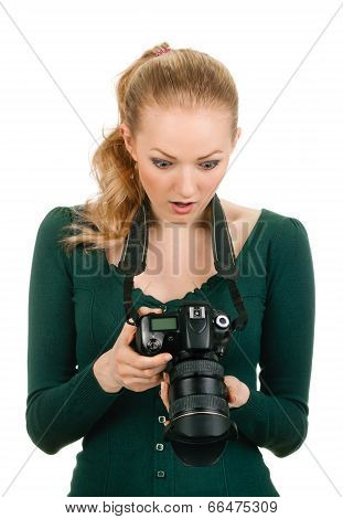 beauty photographer reviewing bad shot