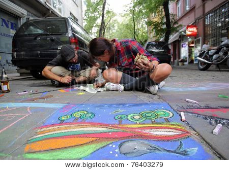 Painting The Street