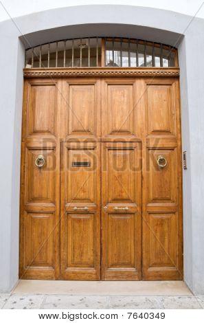 Wooden frontdoor.
