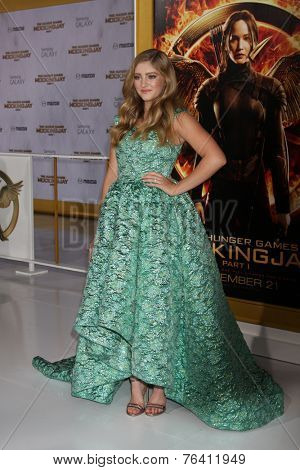 m LOS ANGELES - NOV 17:  Willow Shields at the The Hunger Games: Mockingjay Part 1 Premiere at the Nokia Theater on November 17, 2014 in Los Angeles, CA