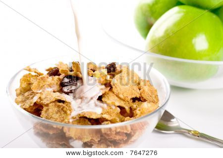 Cornflakes With Milk And Green Apples
