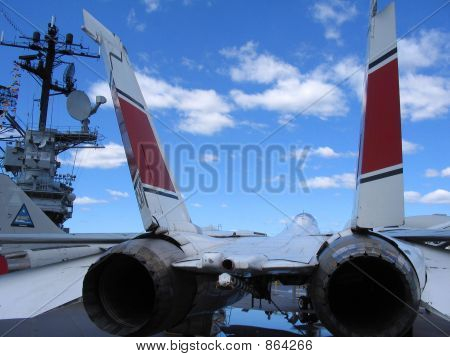 F14 SuperTomcat Rear View