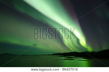 Northern Light reflected in the sea
