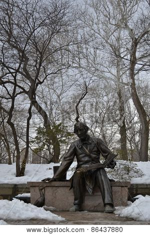 Hans Christian Andersen statue in Central Park