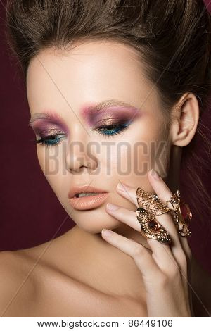 Beauty Fashion Glamour Girl Portrait