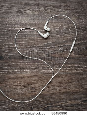 Love Music. Headphone wires in the form of heart