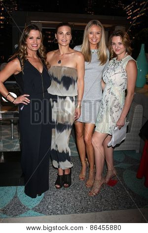 LOS ANGELES - MAR 26: Melissa Clare Egan, Gina Tognoni, Melissa Ordway, Hunter King at the Young & Restless 42nd Anniversary Celebration at the CBS Television City on March 26, 2015 in Los Angeles, CA