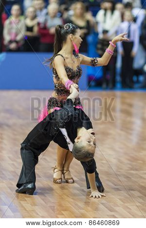 Minsk, Belarus-february 14,2015: Unidentified Professional Dance Couple Performs Youth-2 Latin-ameri