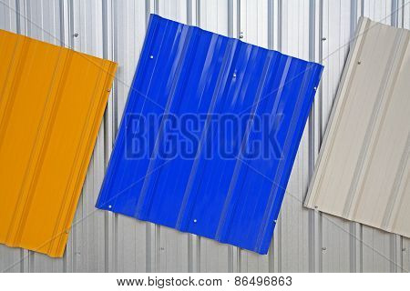 Metal Roof Painted By Silver, Blue, Yellow Color
