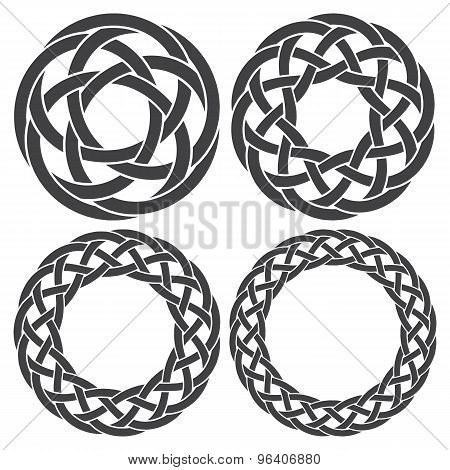 Set of celtic knotting rings