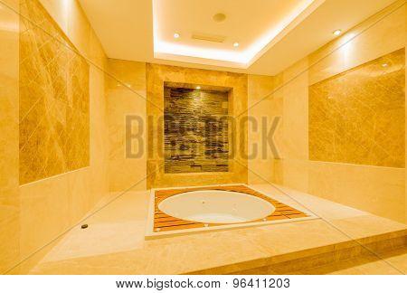 Bath tub in the modern interior