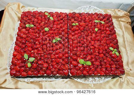 Wedding Cake With Strawberry Jelly