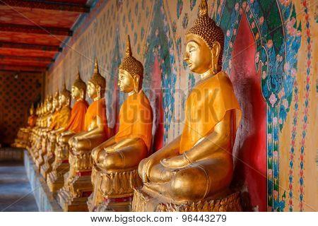 Wat Arun - the Temple of Dawn in Bangkok, Thailand