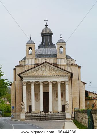 The front of the Maser basilica in Italy