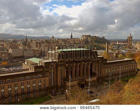 Edinburgh at a glance.