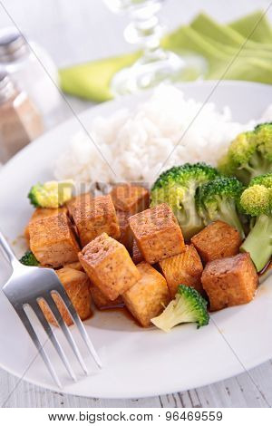 tofu,broccoli and rice