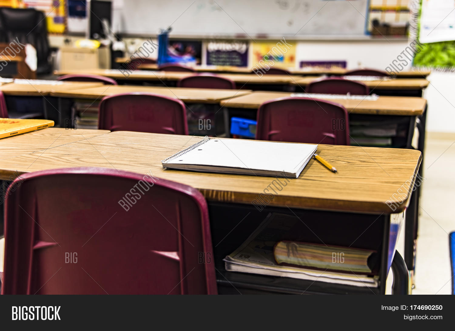 The gallery for --> Empty Classroom No Desks