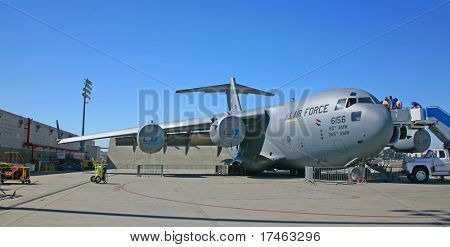 Military Aircraft C-17