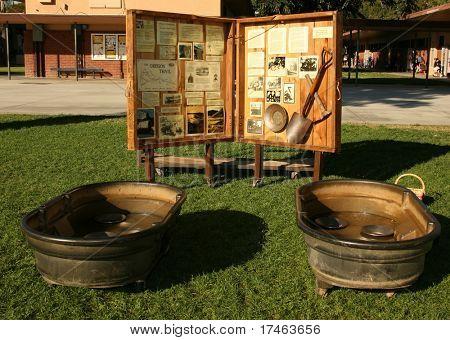 Artículos vintage fiebre del oro de los días de los pioneros en América