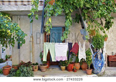Casa griega en mirtos, Creta