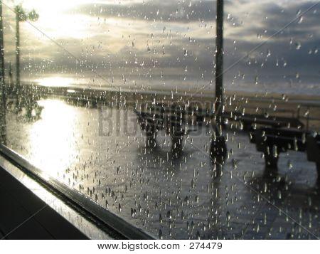 Regentropfen an der Küste