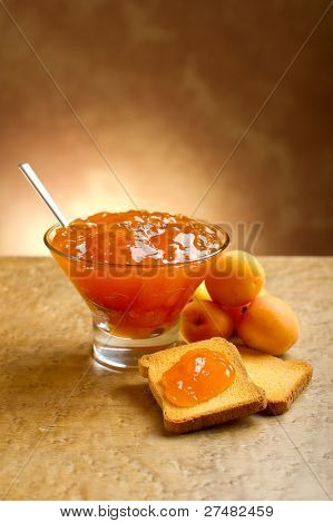 apricot jam with toast