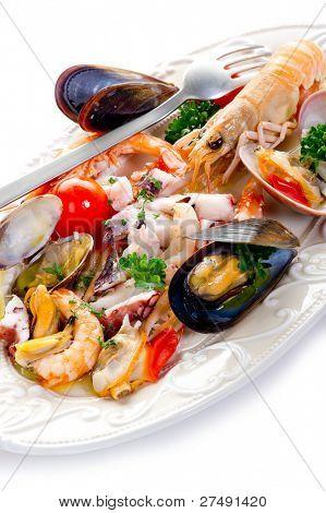 Meer Salat auf Teller