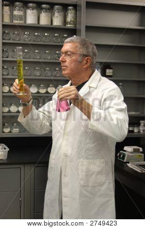 Chemist Vertical