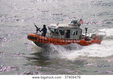 Armed US Coast Guard patrol boat in NYC