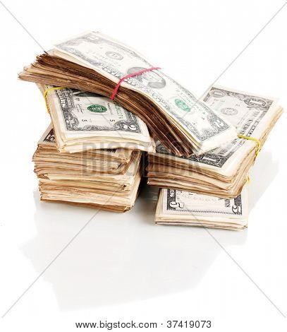 Fajos de dólares aislados en blanco