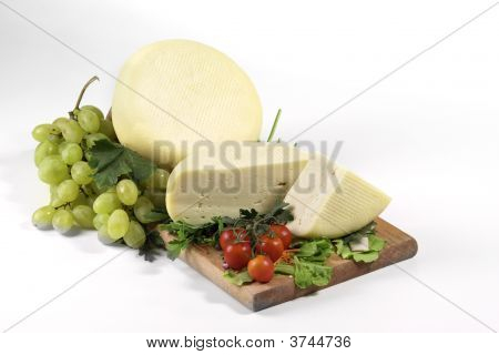 Fresh Caciotta Cheese