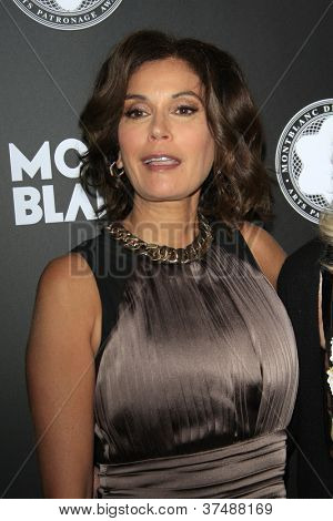 LOS ANGELES - OCT 2:  Teri Hatcher arrives at the 2012 Montblanc De La Culture Arts Gala at Chateau Marmont on October 2, 2012 in Los Angeles, CA