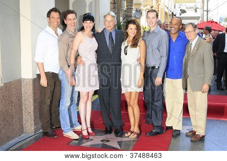 LOS ANGELES - OCT 1: Mark Harmon, NCIS cast, Cote De Pablo, Pauley Perrette, Michael Weatherly at a ceremony as Mark Harmon is honored with a star on October 1, 2012 in Los Angeles, California