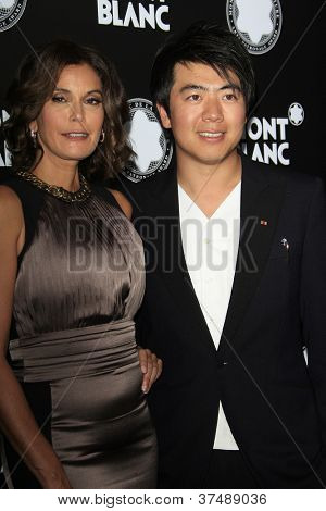 LOS ANGELES - OCT 2: Teri Hatcher, Lang Lang at the Montblanc 2012 Montblanc De La Culture Arts Gala honoring Quincy Jones at Chateau Marmont on October 2, 2012 in Los Angeles, California