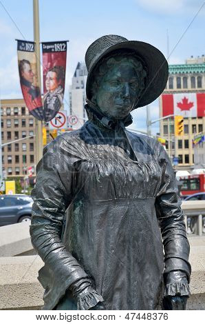 Bronze of Laura Secord