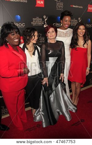 BEVERLY HILLS - JUN 16: Sheryl Underwood, Sara Gilbert, Sharon Osbourne, Aisha Tyler, Julie Chen at the 40th Annual Daytime Emmy Awards on June 16, 2013 in Beverly Hills, California