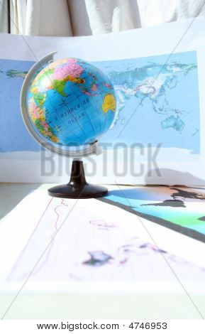 Globe And World Card