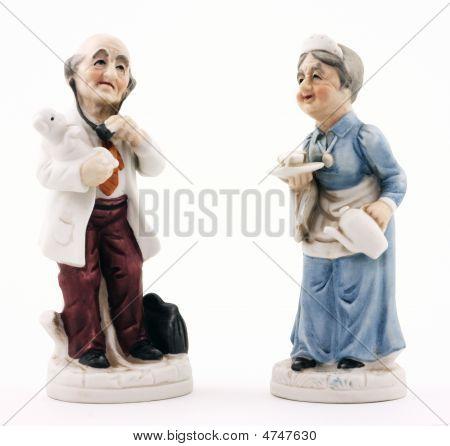 Médico e enfermeira Figurines
