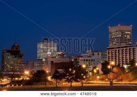 Horizonte de Memphis en la noche