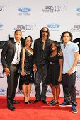 LOS ANGELES - JUN 30: Snoop Dogg, wife, children at the 2013 BET Awards at Nokia Theater L.A. Live o