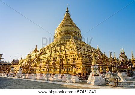 Shwezigon Pagoda , Myanmar