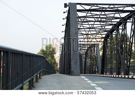 iron bridge on cement pillars