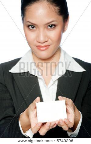 geschäftsfrau mit Karte