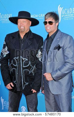 Montgomery Gentry  at the 45th Academy of Country Music Awards Arrivals, MGM Grand Garden Arena, Las Vegas, NV. 04-18-10