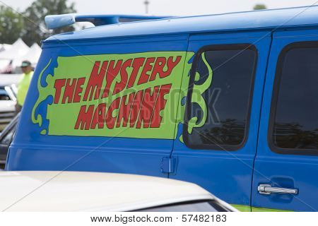 1974 Chevy Scooby Doo Mystery Machine Van Emblem
