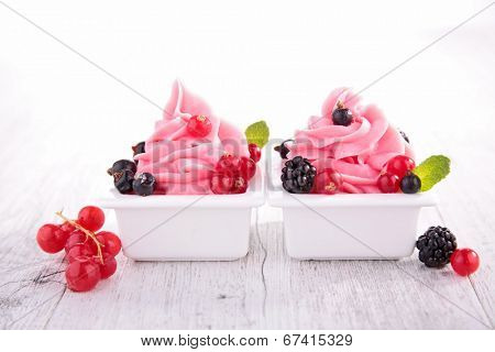 ice cream, frozen yogurt
