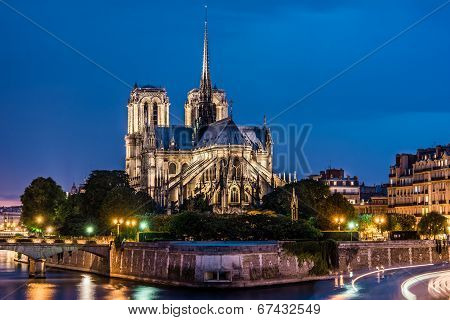 Notre Dame de Paris cathedral-night view