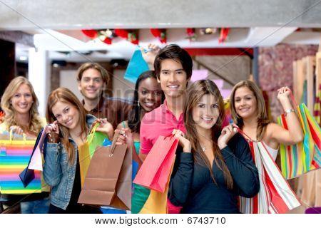 Grupo de pessoas compras