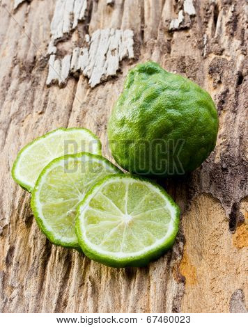 Kaffir Limes On Old Wood