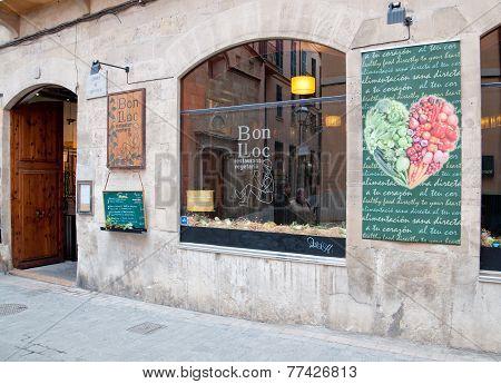 Vegetarian restaurant Bon Lloc